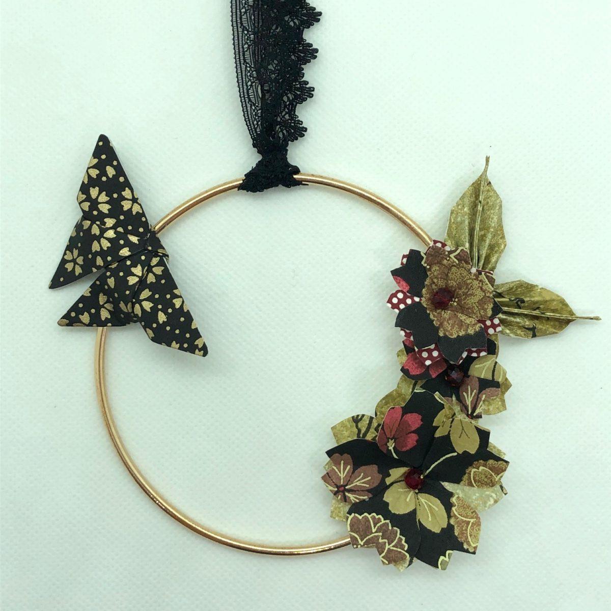Couronne Izu avec fleurs en origami – Encens