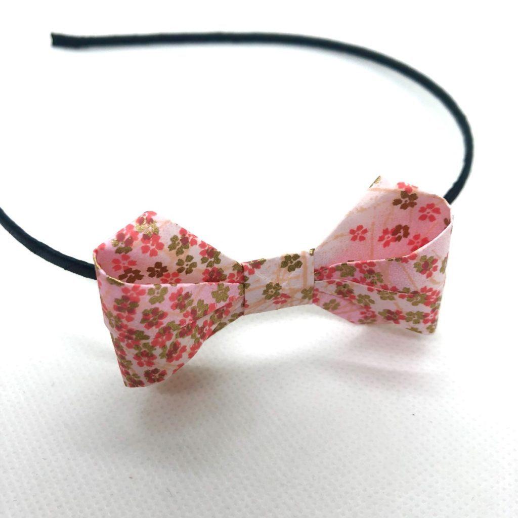 Serre-tête avec nœud en origami fleurs