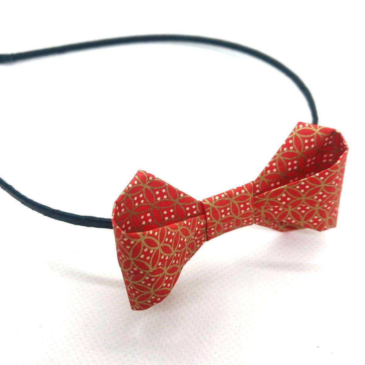 Serre-tête avec nœud en origami rouge et doré