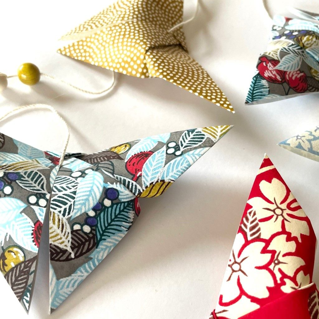 Guirlande d'origamis papillons – Tropical